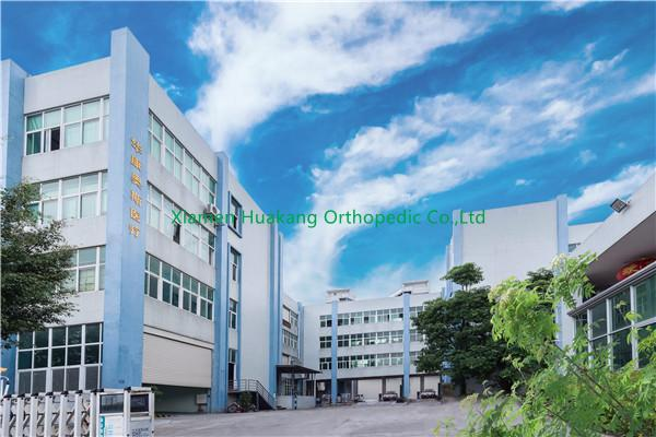 Orthopedic leather neck braces factory